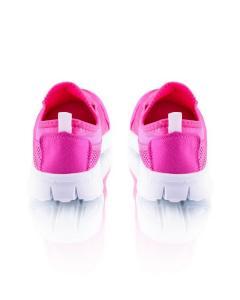 Фото  Кроссовки розовые на шнуровке