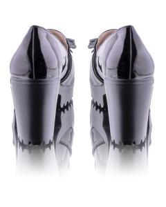 Фото  Туфли лаковые  с бантиком