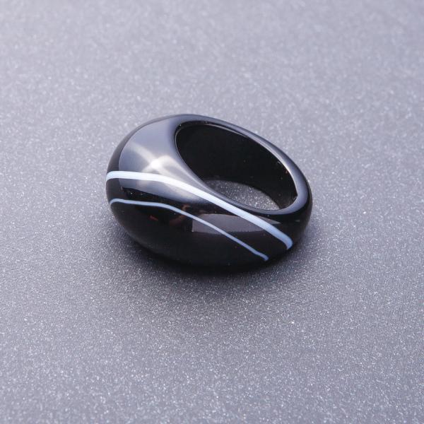Кольцо перстень из натурального  камня Агат  чернобелый