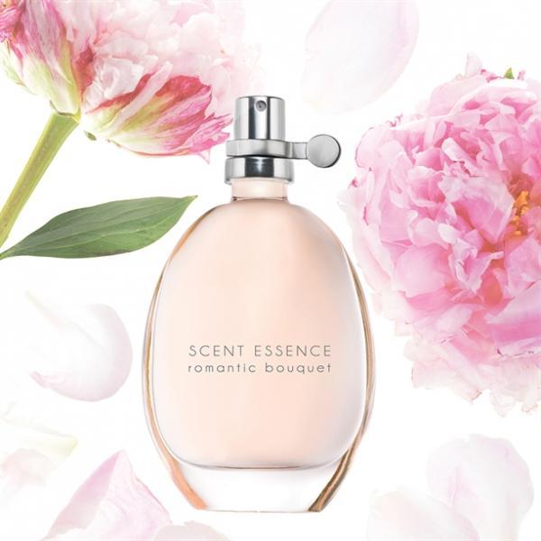 Фото парфюмерия, женские ароматы Туалетная вода Romantic Bouquet (30 мл)