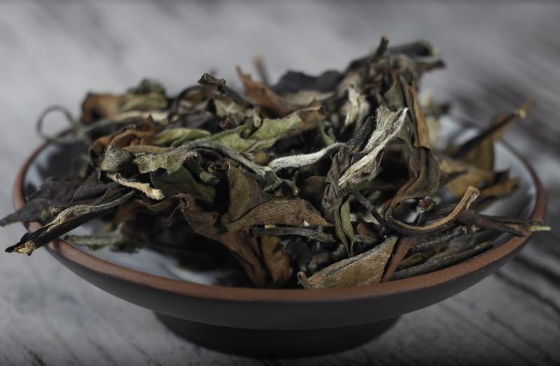 Элитный белый выдержанный чай Bai Mu Dan, 25 грамм