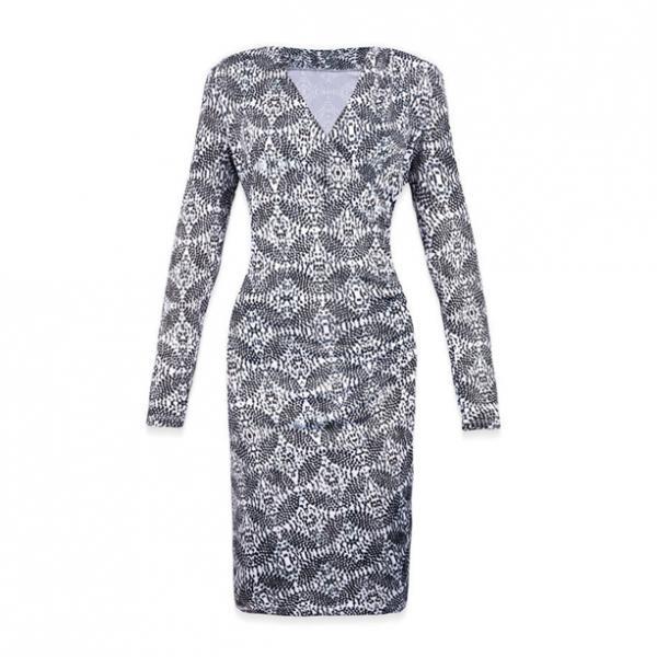 Женское платье «Изящный силуэт»
