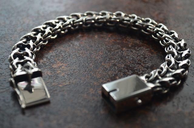 Фото Цепочки и браслеты ручного плетения Двойной ручеёк
