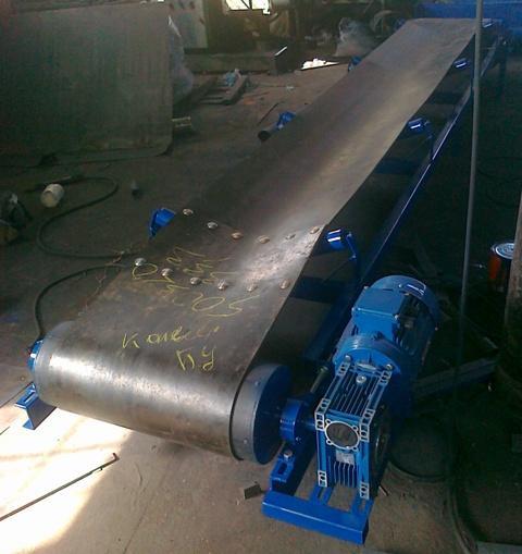 ленточный желобчатый конвейер, стрічковий жолобовий транспортер