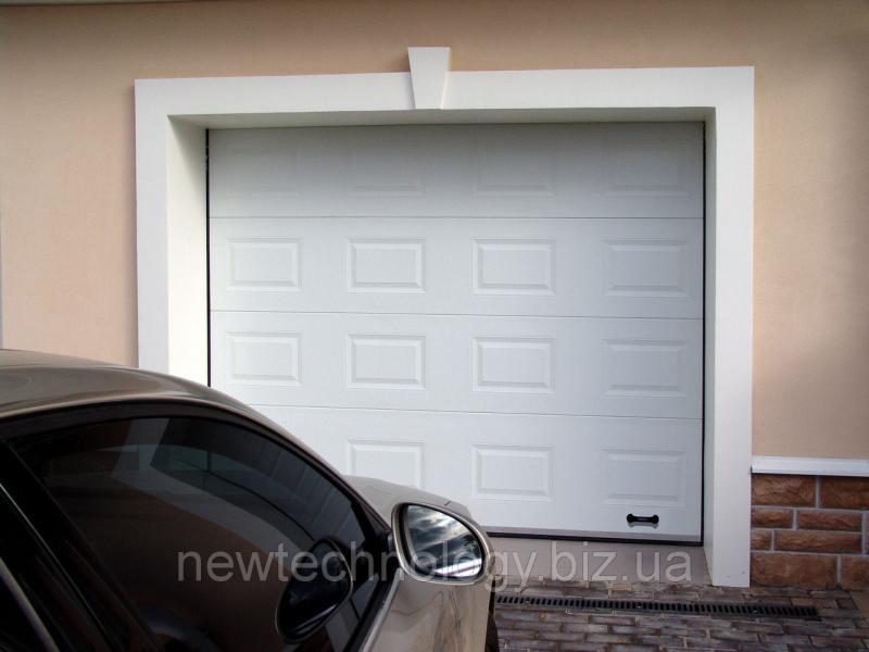 Секционные ворота RSD01SC-UA №8 ширина 3000 высота 2530 белые