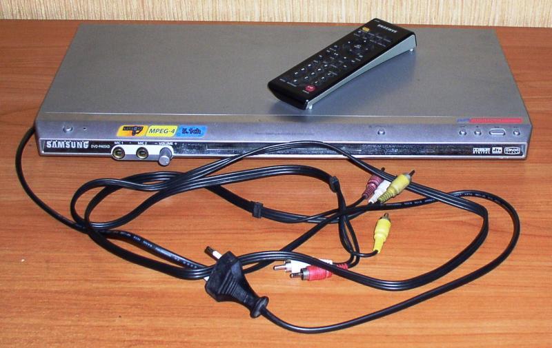"DVD-плеер ""Samsung"" DVD-P465KD (без USB-порта) *3604"
