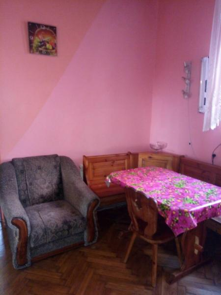 Фото  30  Аренда Ялта: 2-х комнатные на 3+1   апартаменты ( Лена ) ул Садовая   рядом с Набережной