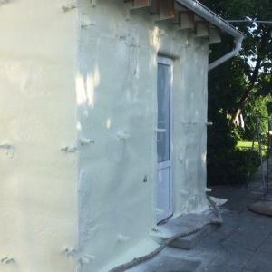 Фото  Теплоизоляция стен пенополиуретаном