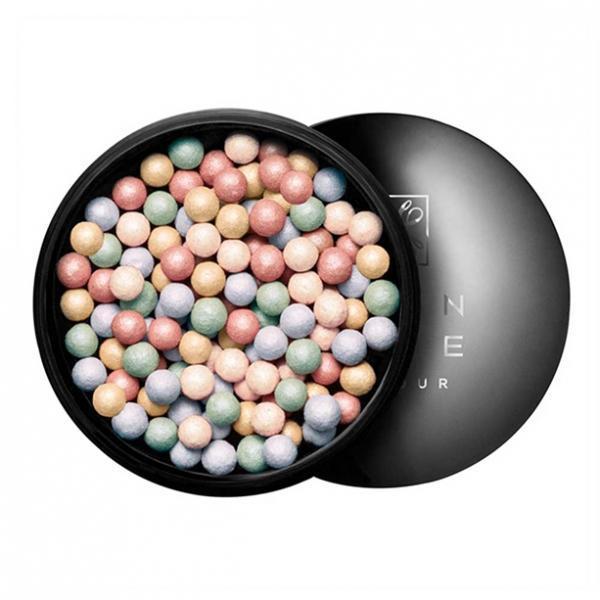 Пудра-шарики с годы, заносятся корректирующей эффектом «Идеальный оттенок»