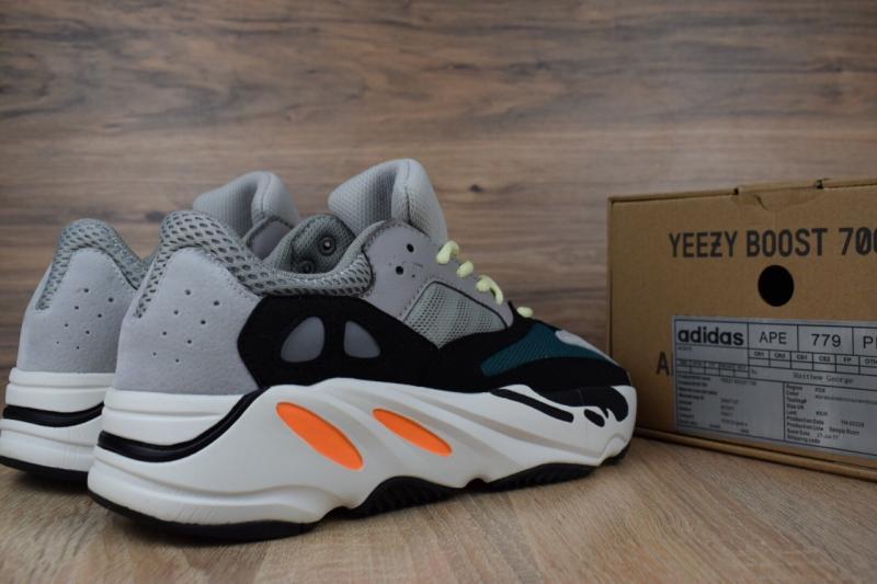 Фото  Adidas Yeezy Boost 700 Wave Runner Gray Black (41-45)