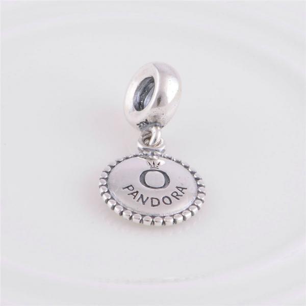 "Шарм бусина Pandora (Пандора) ""Медаль Pandora"""