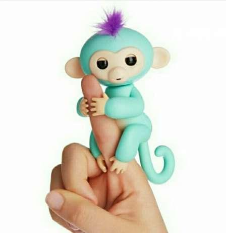 Интерактивная игрушка обезьянка Fingerlings Baby Monkey (Фингерлингс Бейби Манки) Зоя