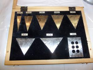 Фото Контрольно-измерительный инструмент Призматические меры угла
