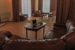 Фото Отели в Крыму Курортный Комплекс «СПА ОТЕЛЬ Ливадийский»