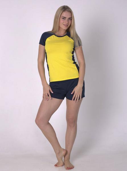 Фото  Комплект спортивной одежды