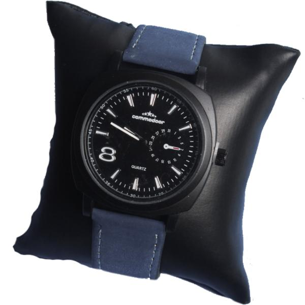 Стильные  часы Commodoor с металлическим циферблатом