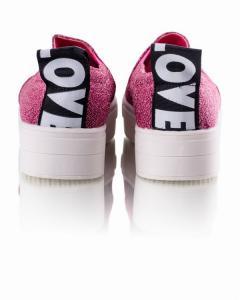 Фото Женщинам, Женская обувь, Женские слипоны Слипоны в малиновом цвете