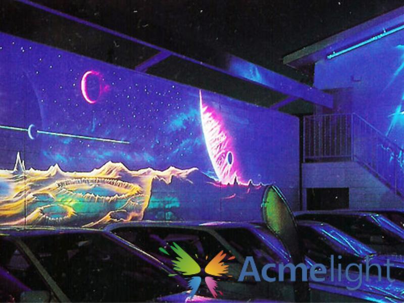 Фото  Флуоресцентная краска для бетонных поверхностей (0,25; 0,5; 1 л)