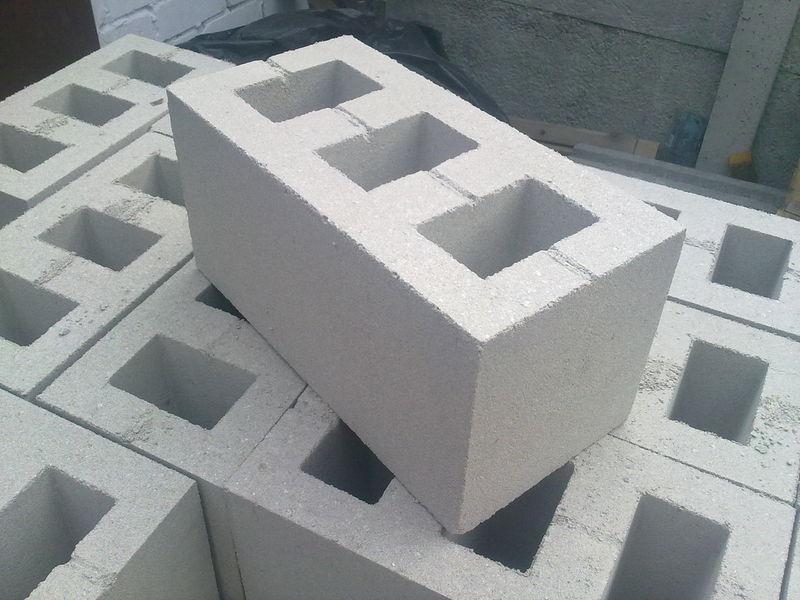 Шлакоблок (блок бетонный, гранотсевный) с доставкой по Украине от производителя