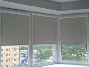 Фото  Рулонные шторы закрытого типа UNI-1и UNI-2 BOX