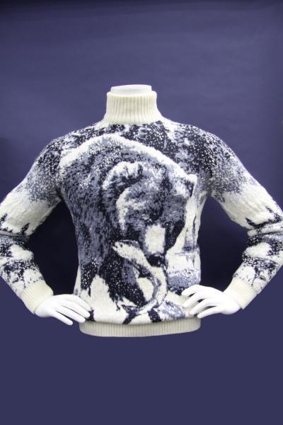 """Pulltonic"" свитера"