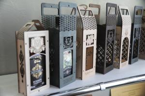 Фото Сувенирная продукция Сувенирная коробка под бутылку