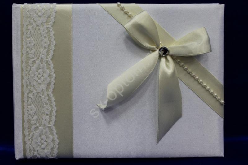 Книга пожеланий белая с бантиком айвори (ручная работа) арт. 115-083