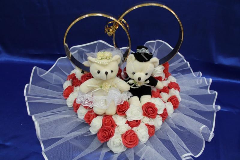 Кольца маленькие мишки с белыми и красными латексными розами арт. 122-449