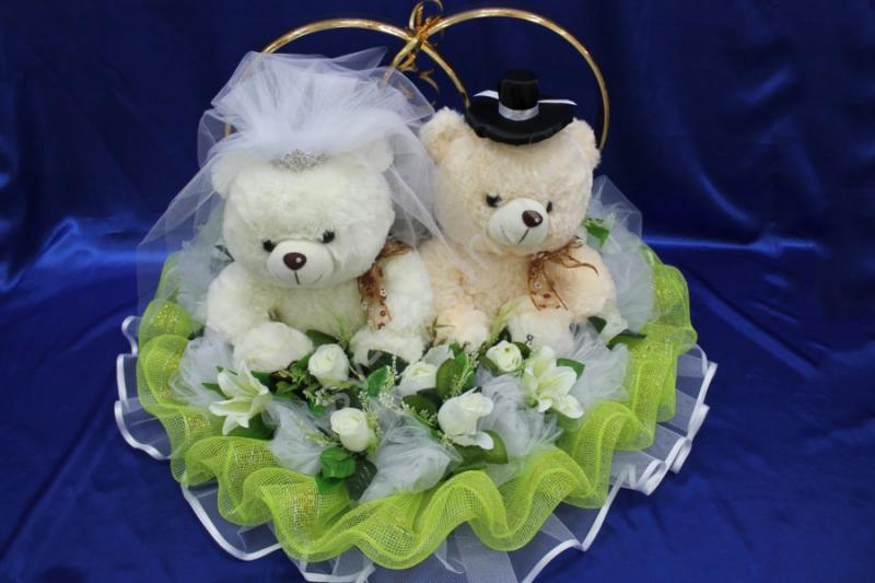 Кольца огромные мишки с салатовой сеткой и розами. Размер: 80х90х55см арт. 122-436