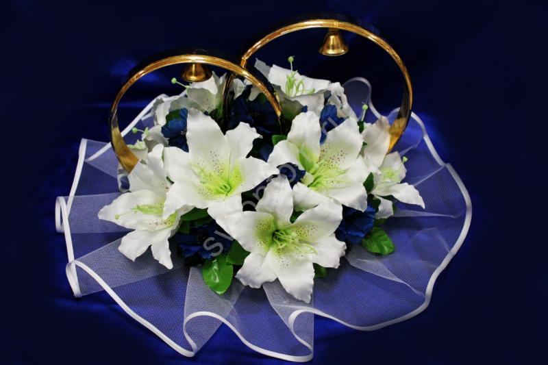Кольца с белыми лилиями и синими васильками арт.122-310