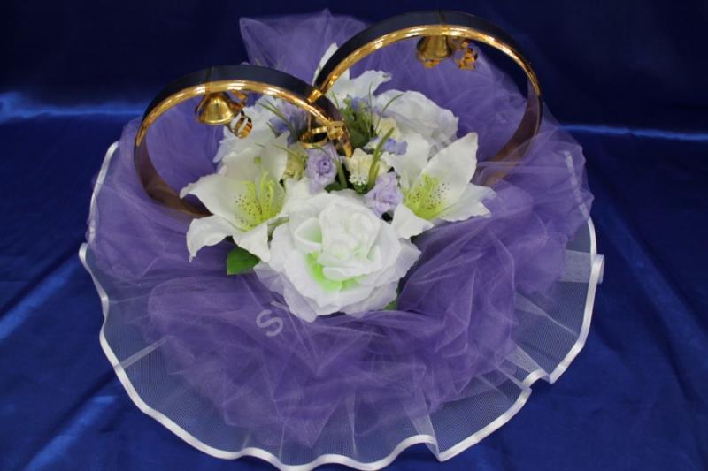 Кольца с фиолетовым фатином, белыми розами и лилиями арт. 122-157