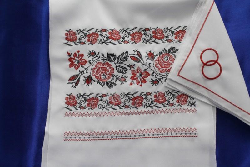 Комплект венчальный белый (рушник, 2 салфетки) арт. 074-019
