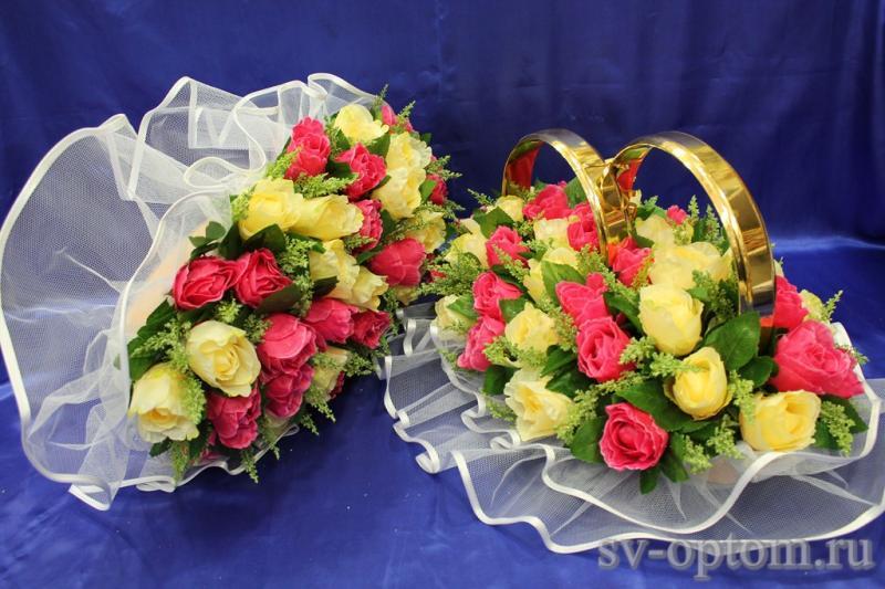 Комплект кольца и торпеда с красными и желтыми розами арт.119-044