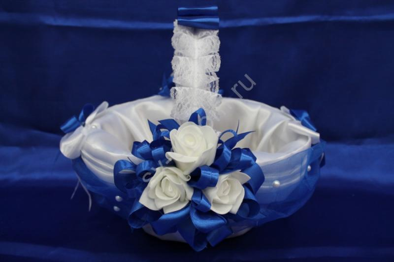 "Корзина ""Белый атлас с синим"" (35х23x18см) арт. 086-050"