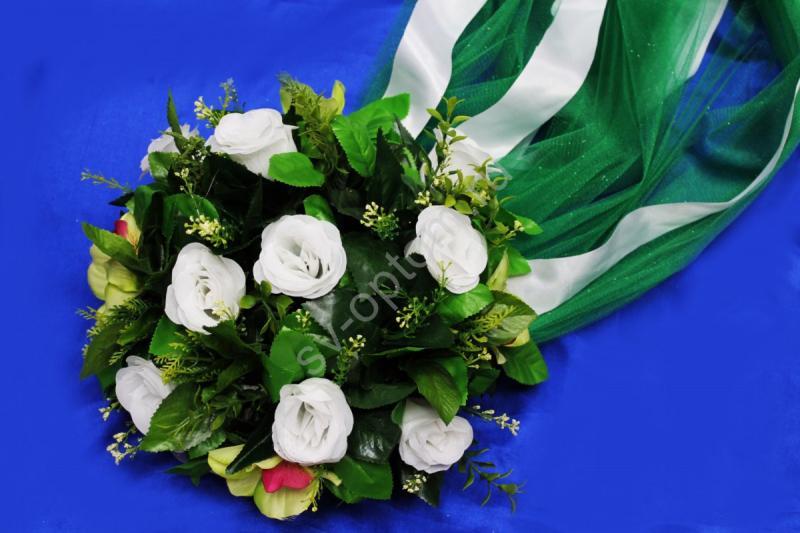 Круг с цветами на капот с зеленым фатином арт.120-341