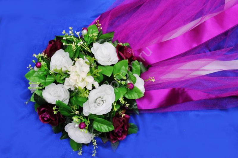 Круг с цветами на капот с темно-фиолетовым фатином арт.120-343