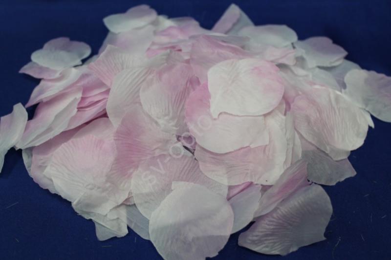 Лепестки роз бело-розовые арт.077-029