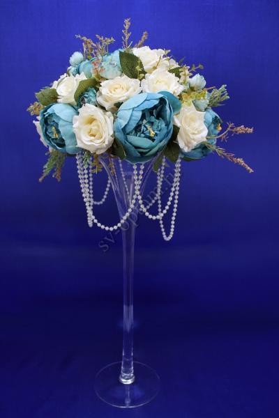 Мартинница на стол Размеры: 65х30см. оформленная цветами (В любом цвете), залог 3500 руб. арт. 001-053
