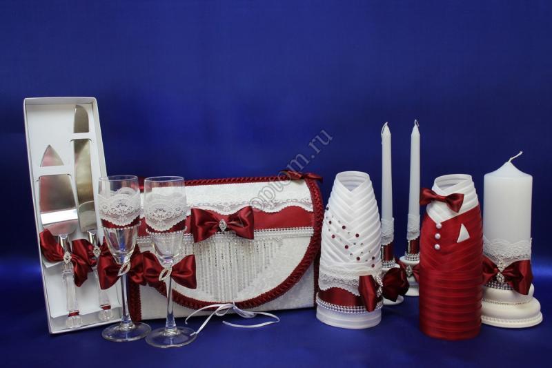 Набор (Сундучок, Лопатка нож, Одежда на шампанское, Свечи, Бокалы) арт. 053-074