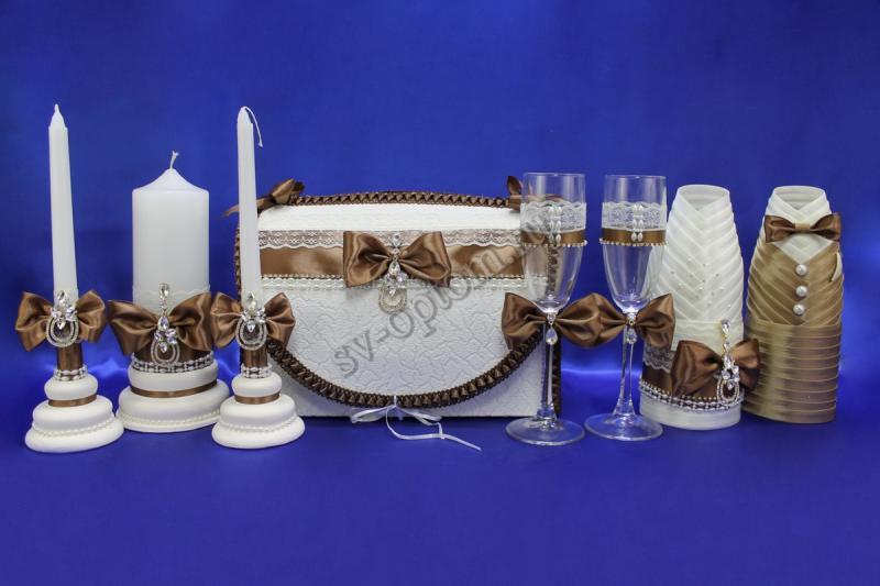 Набор (Сундучок, Одежда на шампанское, Свечи, Бокалы, ) арт. 053-002