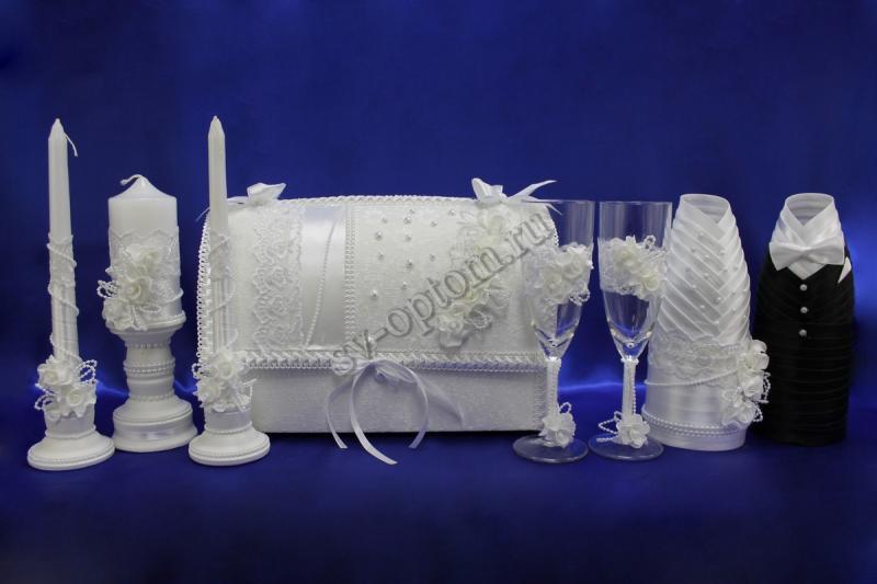 Набор (Сундучок, Одежда на шампанское, Свечи, Бокалы, ) арт. 053-006