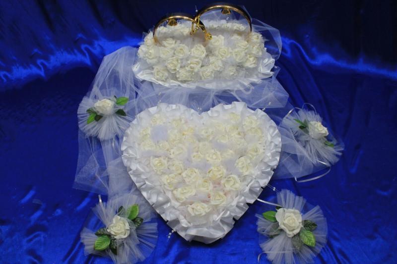 Набор белый латексный кольца, сердце на капот и ручки арт.119-057