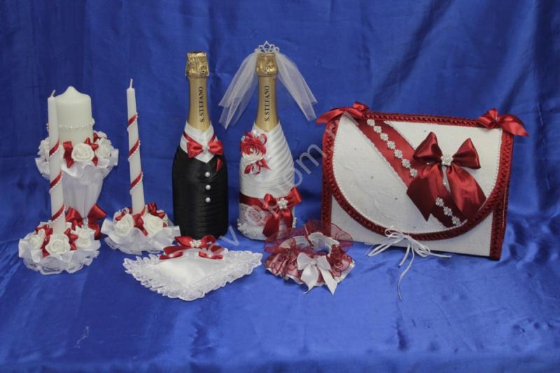 Набор бордовый (шампанское, свечи, сундучок, подушечка, подвязка) арт. 053-189