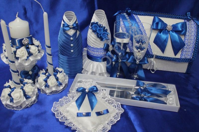 Набор синий (свечи, бокалы, одежда на шампанское, сундучок, подушечка, ножи) арт. 053-163