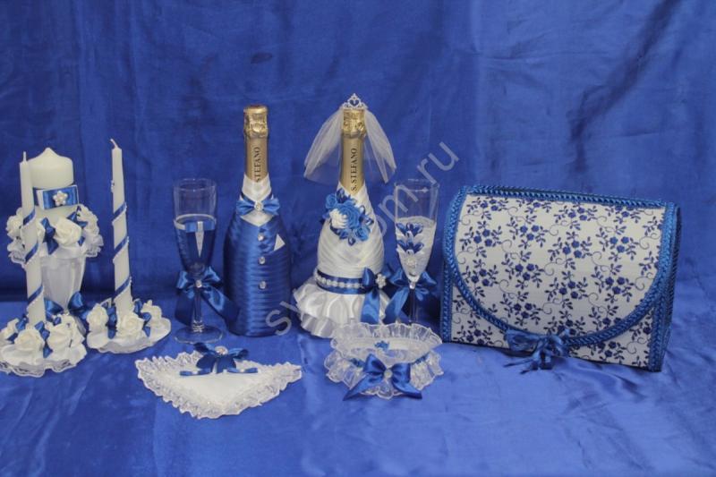 Набор синий (шампанское ,свечи, бокалы, сундучок, подушечка, подвязка) арт. 053-180