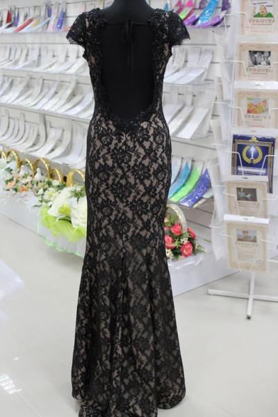 Платье вечернее Вид сзади Размеры 2,3 арт. 012-022