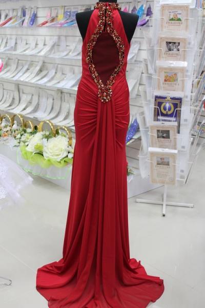 Платье вечернее Вид сзади Цвет: красный. Размеры 38,40,42. арт. 012-021