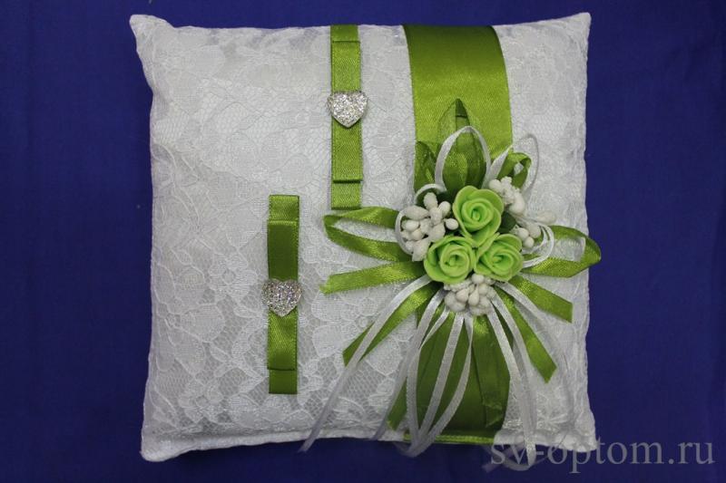 Подушка для колец Цвет: Белый с зелёной лентой арт. 117-124
