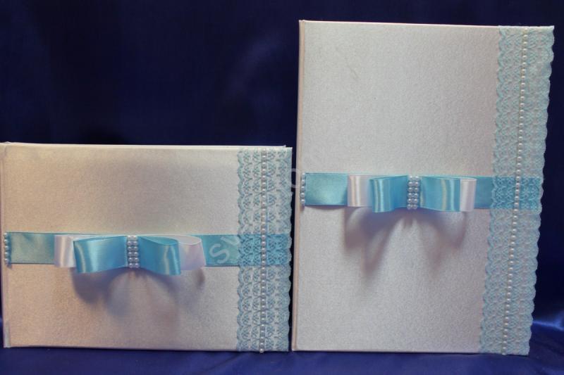 Свидетельство и книга пожеланий бело-голубые с бантиком (ручная работа) арт.113-071