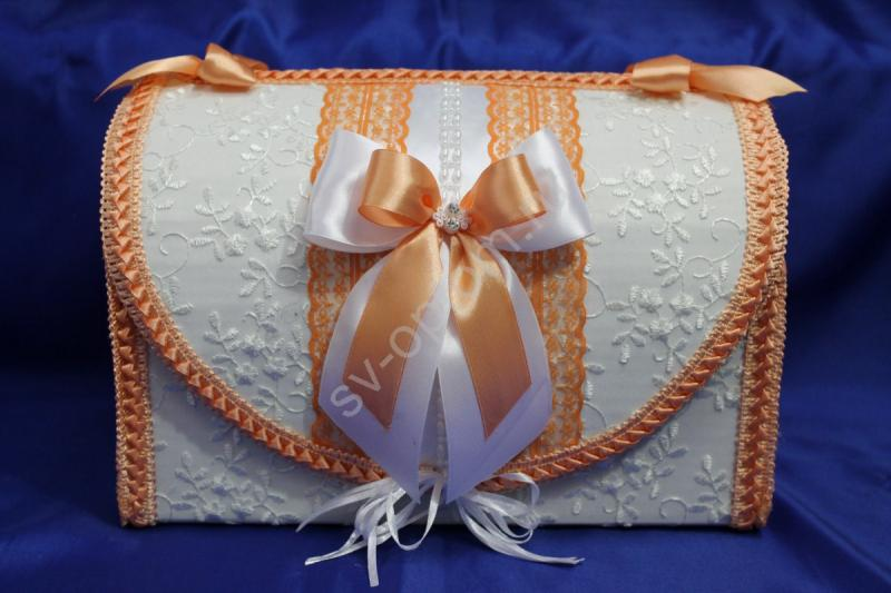 Сундук для денег  белый с персиковым бантиком арт. 071-106